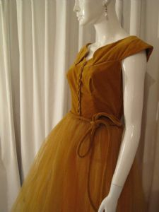 1940's Mustard velvet and tulle Maid Marion vintage gown